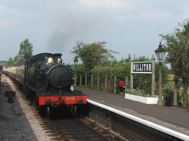 5542 arriving at Williton